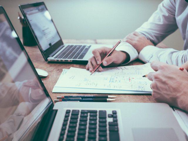 STORYTELLING: COS'È? I 4 step fondamentali per raccontare una storia e fare Business